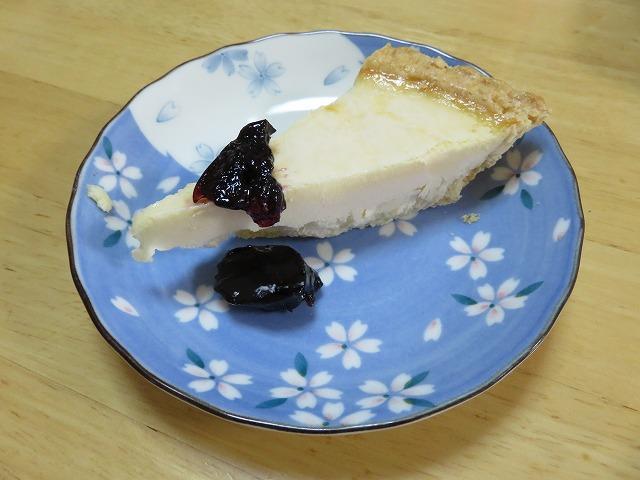 コストコ,トリプルチーズタルト,ケーキ,チーズケーキ,レビュー,評価,ブルーベリー