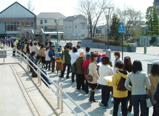 新潟市水族館マリンピア日本海,混雑,混雑状況,駐車場,アクセス,最寄り駅,トイレ